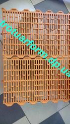 Продам пластиковые щелевые полы для содержания свиноматок
